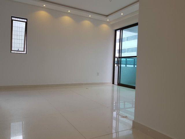 Apartamento nos BANCÁRIOS, 3 quartos, aréa de Lazer na cobertura - Foto 9
