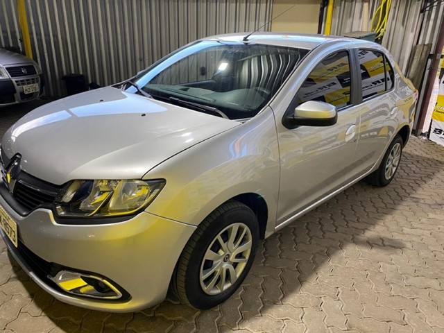 Renault Logan EXPRESSION 1.0 4P - Foto 4