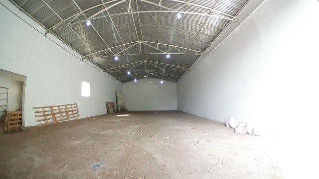 Barracão para alugar, 250 m² por R$ 3.000/mês - Vila Mendonça - Araçatuba/SP