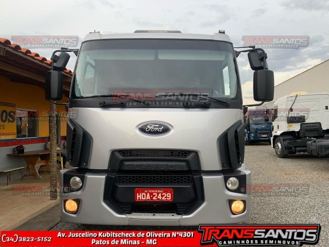 Cargo 24-29 bitruck ano 2013 - Foto 3
