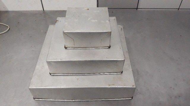Conjunto de Formas De Bolo Quadrado Alumínio  -Redenção/Ce - Foto 2