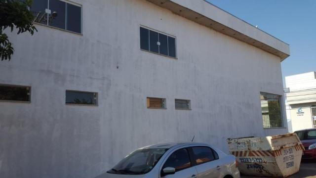 Salão para alugar por r$ 3.200/mês - saúde - rio claro/sp - Foto 3