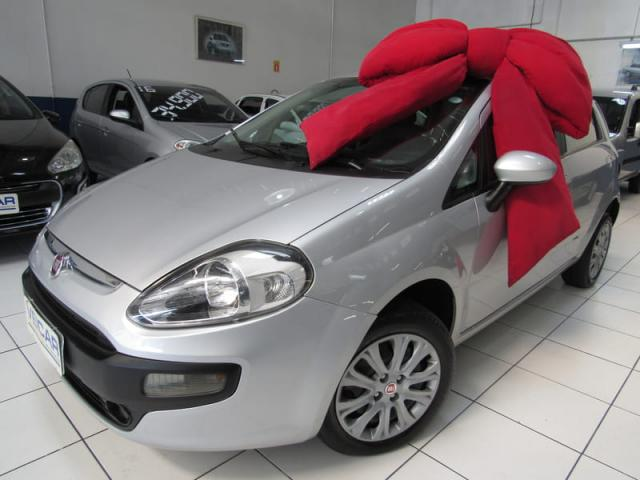 FIAT PUNTO ATTRACTIVE 1.4 FLEX 2016