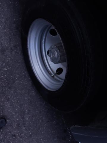 Vendo 4 aros com pneus - Foto 3