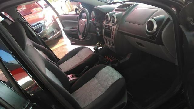 Ford Fiesta Sedan 1.6 (Flex) 2008 - Foto 11