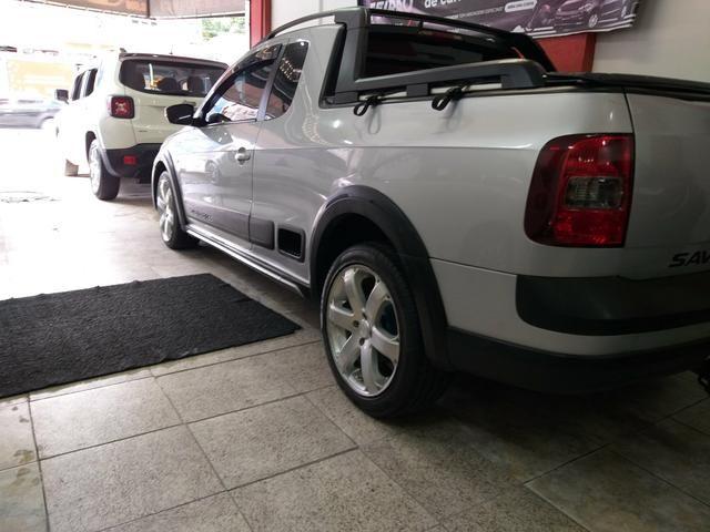 Vw Saveiro Cross Gnv troco carro ou moto maior ou menor valor e financi - Foto 7