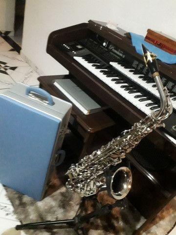 Sax saxofone alto Eagle sa 500 novinho zerado lindo - Foto 2