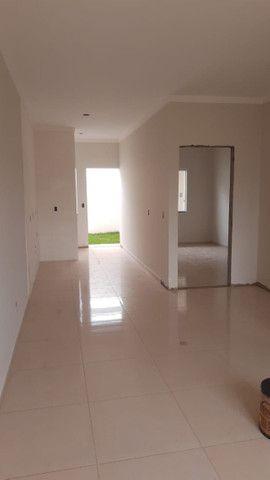 Vende-se casas novas no Lot. Siena, Bairro Esmeralda - entrada facilitada - Foto 4