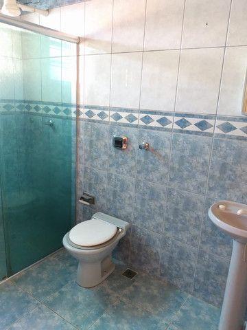 Alugo Apartamento 2 dormitórios, banheiro social com hidro, semi mobiliado - Foto 10