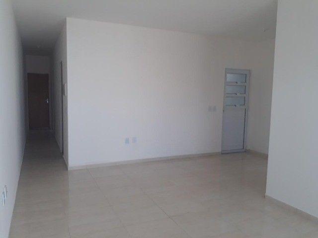 GÊ Moderna Casa, 2 dormitórios, 2 suítes, 2 banheiros, 2 vagas. - Foto 13