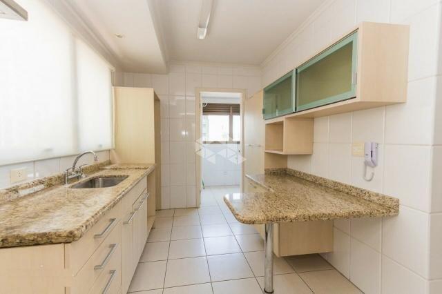 Apartamento à venda com 3 dormitórios em Petrópolis, Porto alegre cod:9934782 - Foto 2