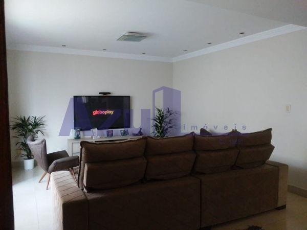Casa sobrado com 4 quartos - Bairro Jardim da Luz em Goiânia - Foto 4