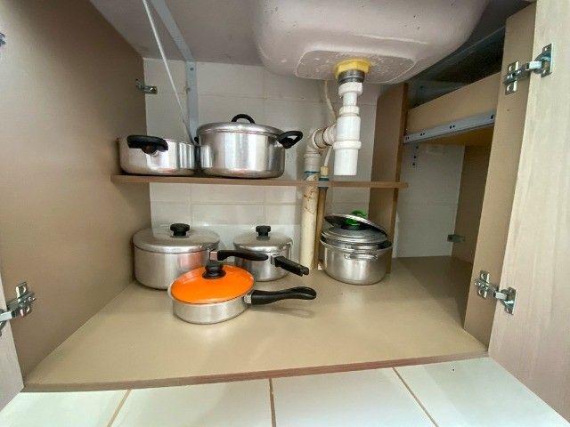 Locação Por Temporada) Apartamento mobiliado - Foto 8