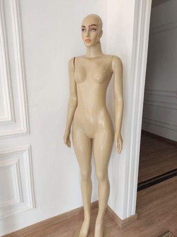 Maniqui feminino