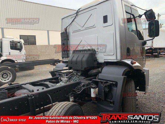 Cargo 24-29 bitruck ano 2013 - Foto 5