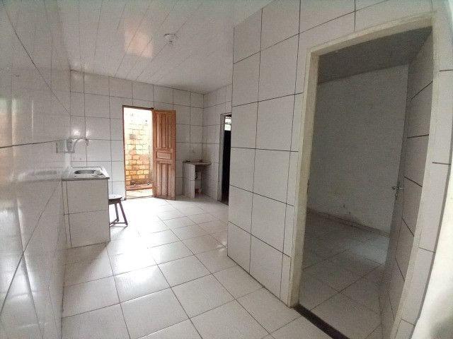 Vendo Casa no Conjunto Maguari-última rua - Foto 3