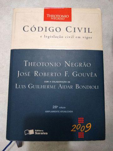 Livros de Direito, diversos. Todos RS 40 - Foto 3