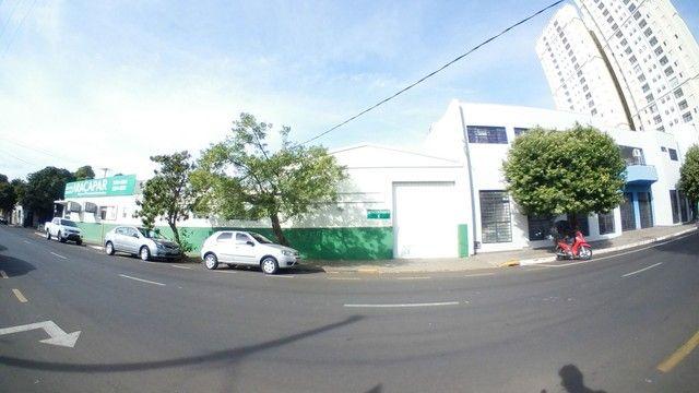 Barracão para alugar, 250 m² por R$ 3.000/mês - Vila Mendonça - Araçatuba/SP - Foto 11