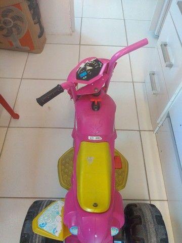 Moto elétrica infantil