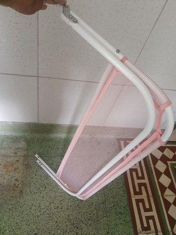 Vendo Grade de proteção de cama rosa infantil 50