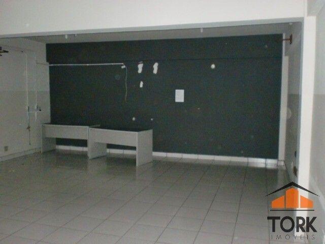 Comercial no Jd. Bongiovani 1.100 m² - Foto 2