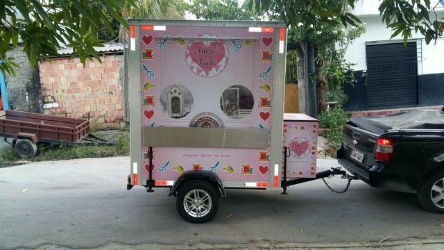 Trailer food truck lanche