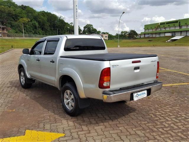 Toyota Hilux SR 2.7 VVt-i - Foto 4