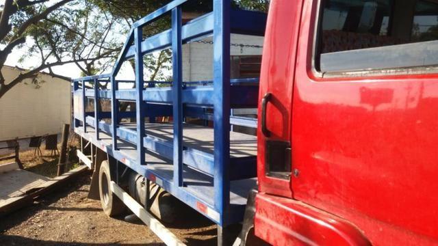 Carroceria para gas GLP 5,5 mts - Foto 5