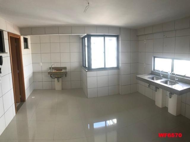 Astúrias, apartamento com 3 suítes, 2 vagas, andar alto, área de lazer completa - Foto 6