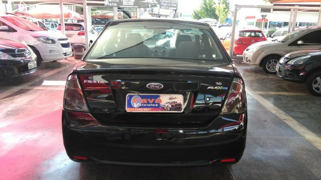 Ford Fiesta Sedan 1.6 (Flex) 2008 - Foto 4