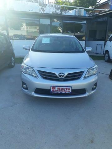 Vendo um ótimo Toyota Corolla xei 2012