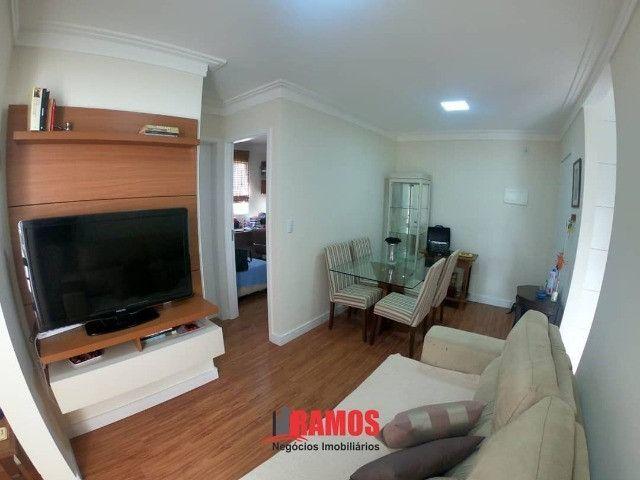 Lindo apartamento de 2 quartos+ varanda a 4 minutos da avenida central de laranjeiras!! - Foto 2