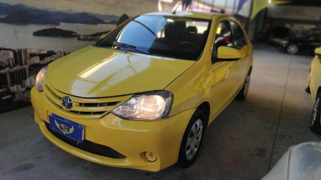 Ex Táxi Etios Sedan X 2016 temos mais de 60 carros no estoque - Foto 3