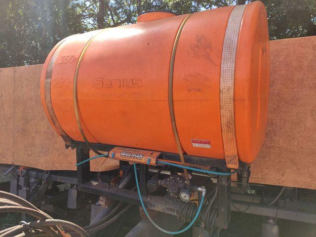 Tanque pulverizador inoculante Micron para plantadeiras Genius 600 litros  - Foto 5