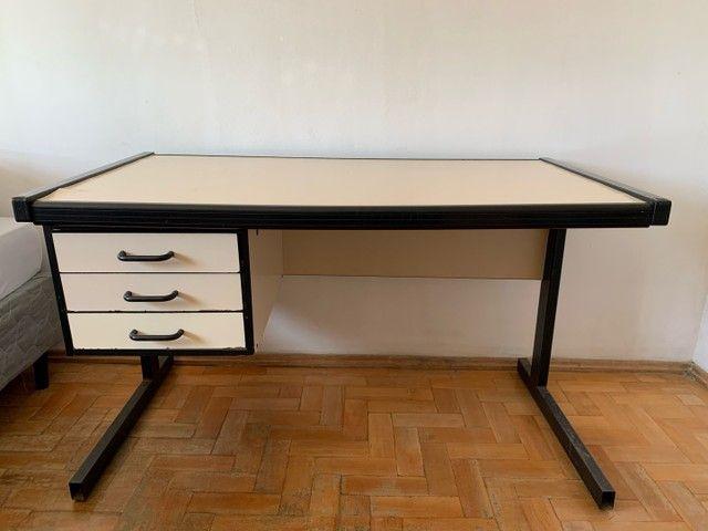 Mesa de estudos/escritório  - Foto 2