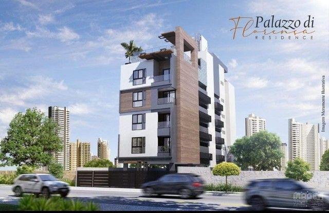 Apartamento de três quartos com cobertura privativa completa - Foto 8