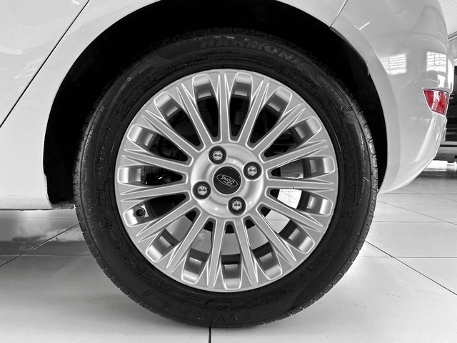 Ford New Fiesta Hatch 1.6 TITANIUM POWERSHIFT - Foto 11