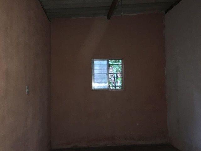 Vende-se casa com terreno para construir - Foto 5