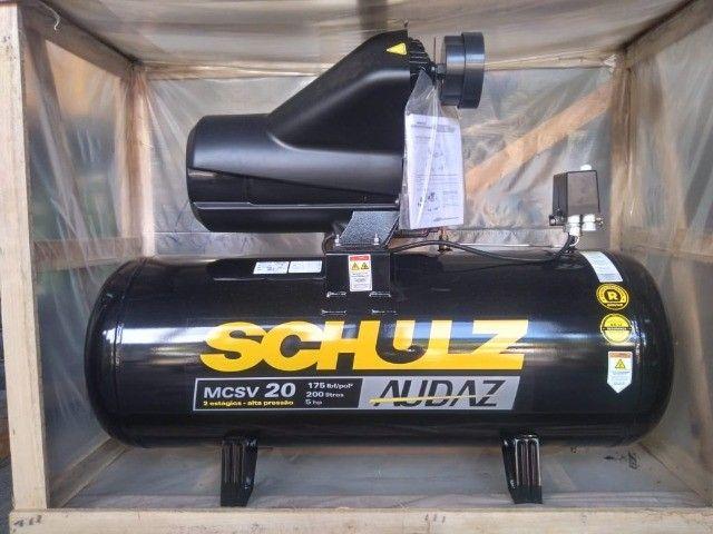 Compressor De Ar Schulz Audaz MCSV 20 Pés - Trifásico