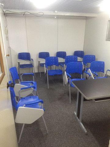 Sala (vc fica com as chaves) no Centro com internet e ar condicionado - Foto 9