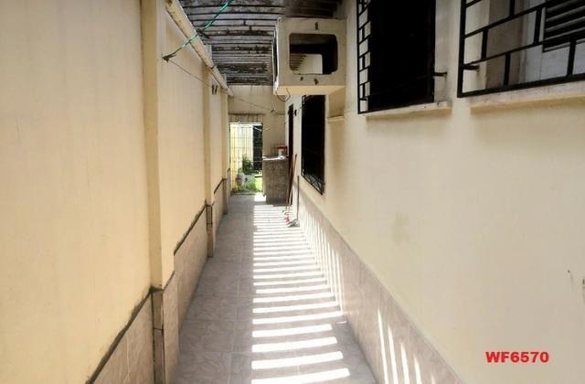 Casa na Aldeota, ponto comercial de esquina, 4 quartos, 2 vagas, próximo a Dom Luís - Foto 4