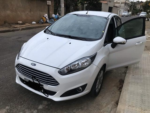 OPORTUNIDADE - Fiesta sel 1.6 aut. 2017. unico dono - Foto 4