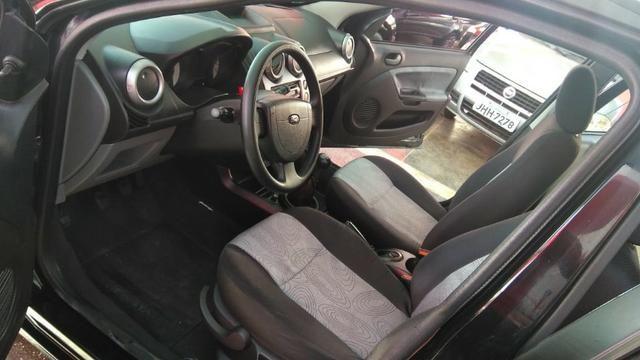 Ford Fiesta Sedan 1.6 (Flex) 2008 - Foto 6