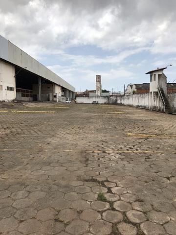 Alugo área para garagem - Foto 5