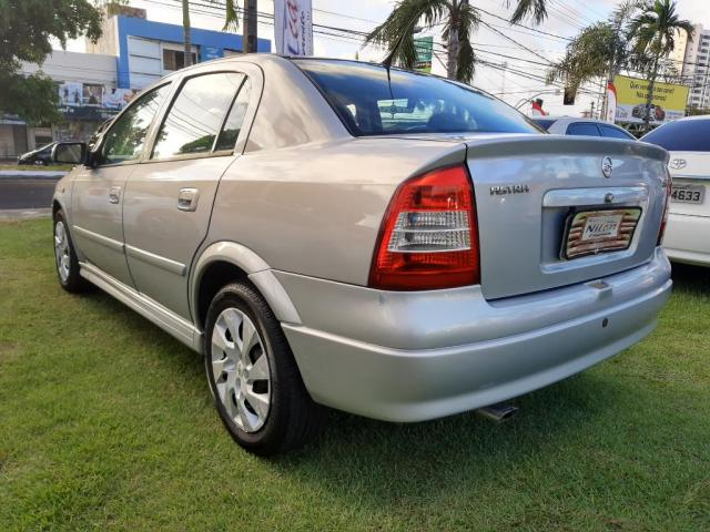 Chevrolet Astra Sedan 2.0 Expres.gls 8v 4p - Foto 3