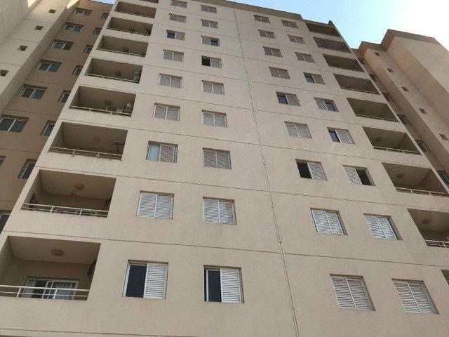 Vendo Apartamento 2 dormitórios - Novo Mundo