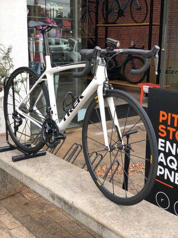 Bicicleta speed Trek Émonda SLR - tamanho 54 - Semi-nova - Foto 4