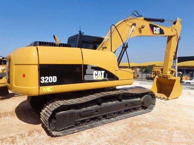 Escavadeira 320 d caterpillar 2013 unico dono otimo estado toda revisada