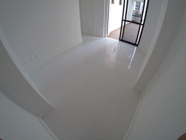 Excelente apartamento novo com uma área externa diferenciada! Quadra mar! - Foto 4