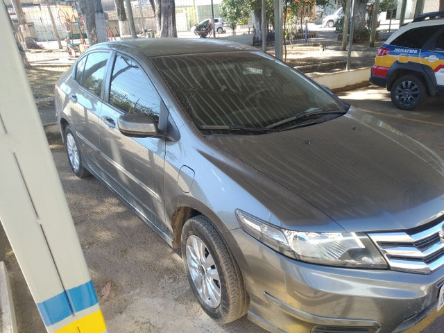 Honda City LX Manual 12/13 - Foto 7
